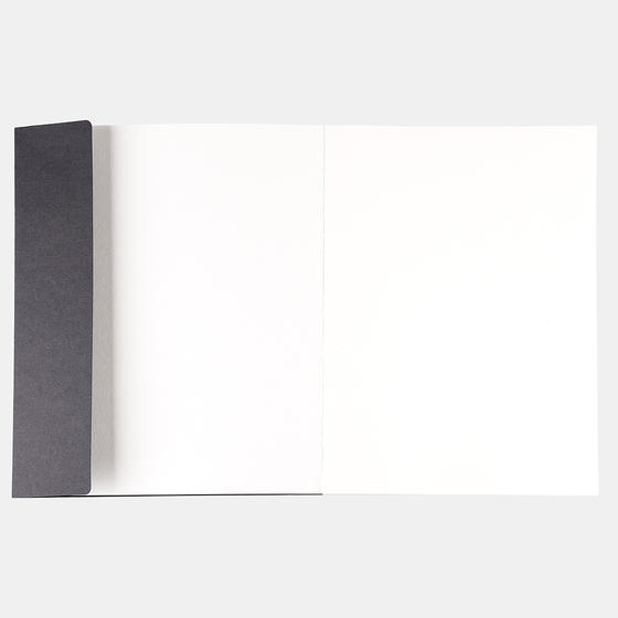Альбом Potentate Simple Sketch Book (Black Cover) 120 листов, A4, 100 г/м